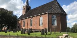 Projectie in Terpkerk Burum